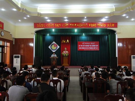 Khai mạc kỳ thi tốt nghiệp hệ chính quy Cao đẳng K9 và Trung cấp K11